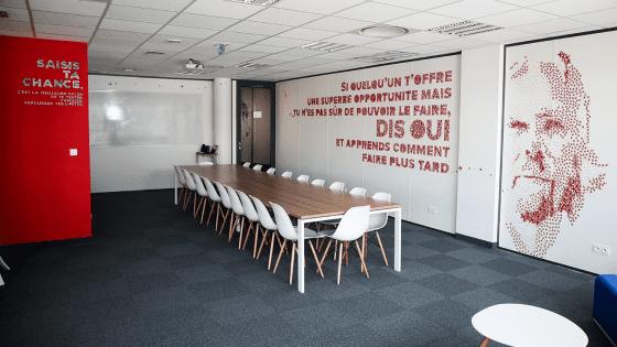 Salle de conférence Richard Branson dans notre espace de coworking Entrepreneurial People Lyon 7