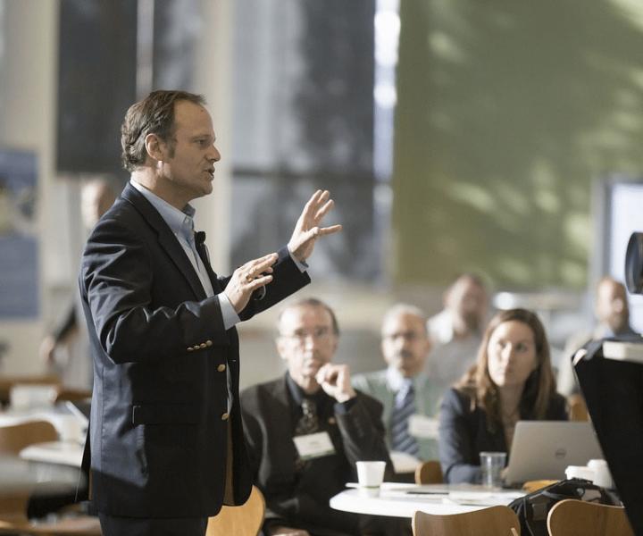 Conférence au sein de l'espace de coworking Entrepreneurial People à Lyon 7